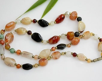 """Vintage Natural Stone Beaded Necklace ~ Agate / Cornelian / Quartz Beads ~ 27"""" ~ 70's ESTATE Jewelry ~ Birthday / Anniversary Gift For Her"""