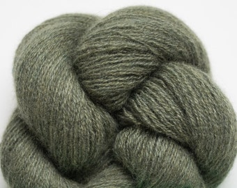 Hunter Gree Lace Weight Recycled Cashmere Yarn
