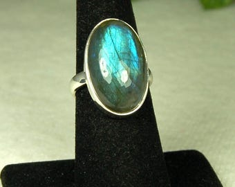 Labradorite Ring, Size 8, Vivid Blue, Sterling Silver, Spectrolite, Big Labradorite, Natural Labradorite, Blue Labradorite, Blue Gemstone