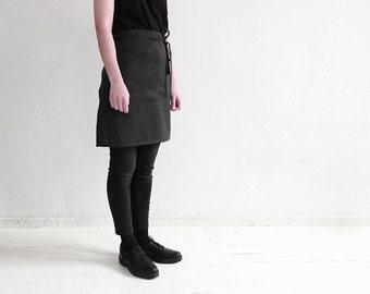 Linen half apron, Black linen apron, Black apron, Short linen apron, Half apron, Linen waist apron, Kitchen apron