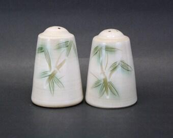 Vintage 1955 Showa 'Kasuga' Bamboo Salt & Pepper Shakers (E8189)