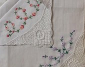 Beautiful vintage Gift Box With 2 antique Hankies Hankerchiefs embroidery and Lace trim