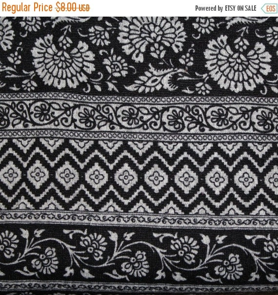 """Sweater knit fabric,Apparel fabric,Aztec fabric,Hacci fabric,Polyester blend fabric,2 Way Stretch fabric,58"""" Wide fabric,Fabric by the YARD"""