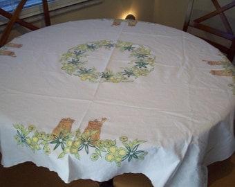 Vintage 49 x 25 Square Salt & Pepper Shaker Tablecloth