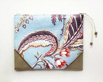 Light Blue Floral Pouch, Pencil Pouch, Padded Pouch, Clutch, Pencil case, Cosmetic pouch, Handmade, RS