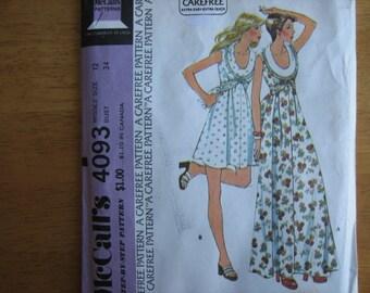 McCall's Pattern 4093 Misses' Dress      1974      Uncut