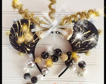 Stunning RTS New Years Silver & Gold Mouse Ears and Necklace Set!!