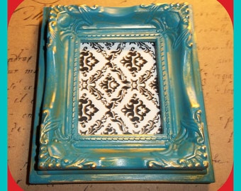FRAME Shabby Chic, Weathered, Victorian Style, Turquoise & Gold, Chalk Paint, Small 2 x 2-1/2 Inch Magnetic