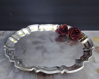 Vintage silver plate tray - footed tray - serving tray - Leonard Silver - oval tray - scalloped edge tray - silver serving - bridal shower
