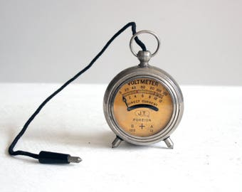 jt vintage foreign pocket sized voltmeter