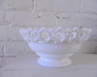 Vintage Lace Westmoreland Milk Glass Bowl - Pedestal