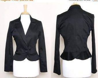 ON SALE Vintage 90s Black Fitted Blazer