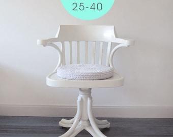 Crochet pillow. Pillow chair. Crochet cushion. Round pillow. Coussin crochet. Office cushion. Häkeln Kissen. Cuscino uncinetto. Height 5 cm.
