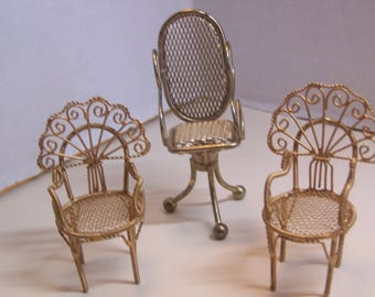 3-Pc-Vintage-Dollhouse-Mini-Brass-Tone-Metal-Patio-or-Bar-Stools-1-12-Scale