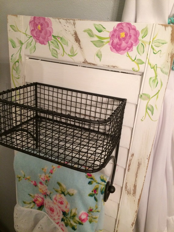 Kitchen Or Bathroom Wall Storage Hanging Baskets With Towel