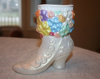 Vintage Hand Painted Ceramic Shoe Boot Vase Flowers Floral Victorian Pearl Off White