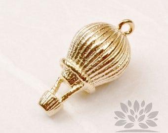 P866-G// Gold Plated Mini Hotair Balloon Pendant, 2pcs