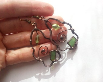 Wire earrings, best friend gift, stained glass, copper wire jewelry, green, contemporary jewelry, glass beaded earrings,  artistic jewelry