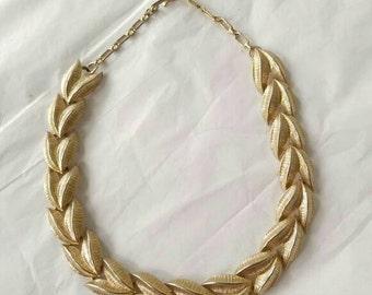 Vtg golden leaf necklace midcentury gold tone