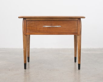 Mid Century Lane Side / End Table