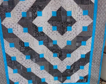 Optical Confusion Lap Quilt Black, White and Turquoise 0121-01