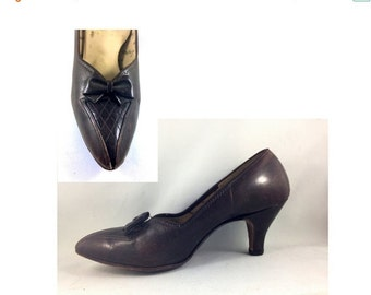 20 % OFF Vintage Brown Pumps 1950s early 60s leather shoes with bow and arch support