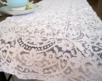 """Vintage Antique Lace Table Runner, White Floral, Dresser Scarf, Nineteenth Century 40.5"""" x 11"""""""