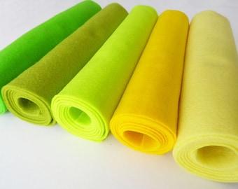 Felt rolls, felt sheets, felt squares, 5 pieces