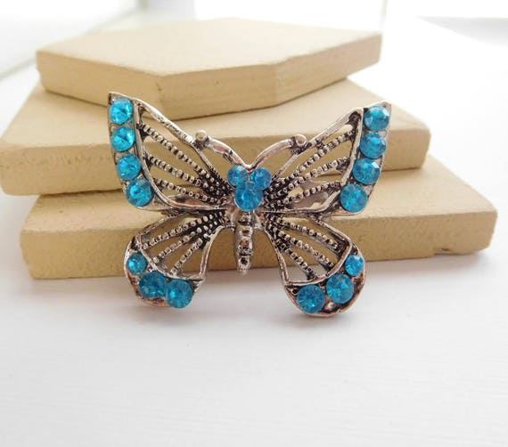 Retro Bright Turquoise Blue Rhinestone Silver Filigree Butterfly Brooch Pin H22