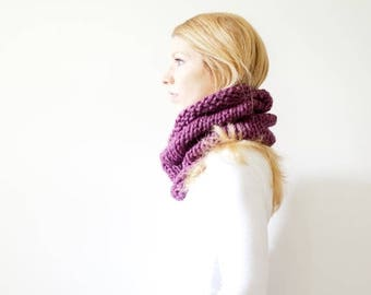 SPRING SALE RTS - the Solomon cowl - knit cowl scarf chunky scarf cowl scarf  - fig