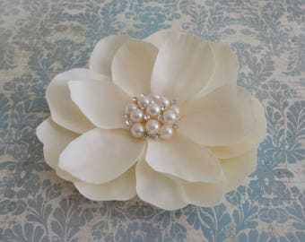 Bridal Ivory Flower Clip - Magnolia Pearl Rhinestone Hair Clip - Wedding Ivory Fascinator - Ivory Flower Brooch - Womens Ivory Hair Clip