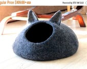 Dark gray cat bed - pets bed - cat cave - charcoal grey small dog bed - made order - unique gift - gift for pets - felt cat bed