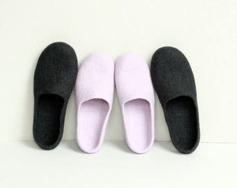 Slippers for Her and Him - 2 pairs of felted wool slippers - women and men dark grey and dusty lila slippers - Mothers day gift