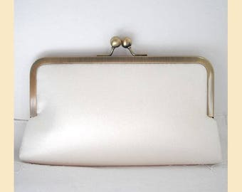 Wedding clutch bag, ivory silk, handmade bridal purse, personalised clutch, ivory purse, silk clutch