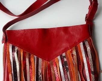 Red schoulderbag