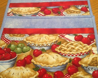 Apple Pie Mug Rugs, quilted mug rugs, snack sets, kitchen placemats
