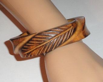 Vintage Wood Wooden Ornate CARVED LEAVES Bangle Bracelet
