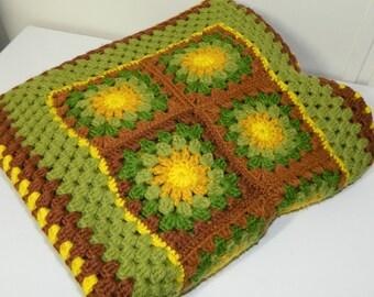 VTG Crocheted Granny Square Afghan Blanket - 42 X 47