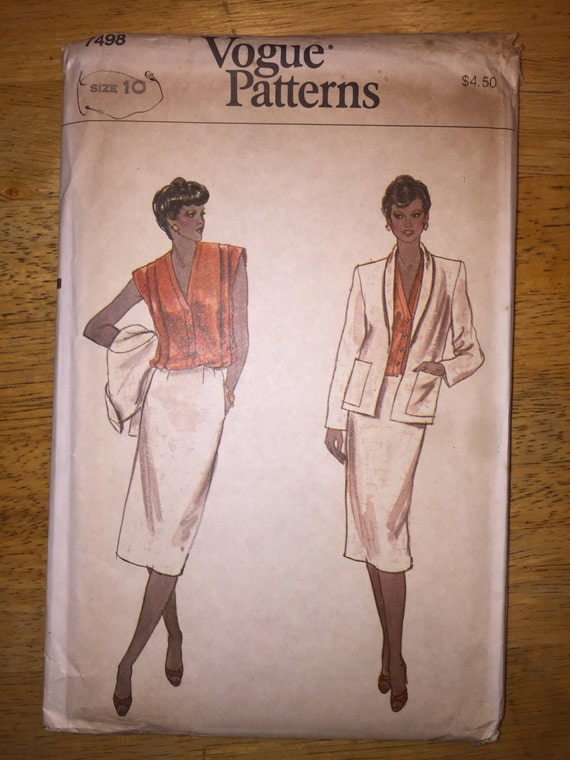 Vogue Sewing Pattern 7498 Misses Jacket, Skirt and Blouse Size 10