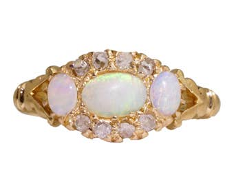 Vintage 18K Opal Ring, Antique Opal Ring, Opal Diamond Ring, Opal Engagement Ring, Natural Opal, Victorian Opal Ring, Opal Ring