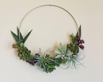 Succulent wreath. Modern hoop wreath.  Minimalist succulent decor.  Minimalist hoop wreath with succulents. Boho succulent hoop wreath.