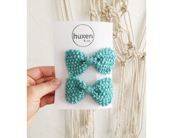 Set of two AQUA KNIT BOWS, Hand Knit Bows, Matching Bow Hair Clips