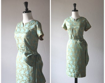 STOREWIDE SALE 20% Off ~ Gorgeous Turquoise & Chartreuse Rose Floral Satin Vintage 1950s Wiggle Dress / 1960s / Bow Swag Waist Detail