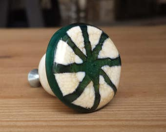 Drawer/Cabinet Knob Lampwork Glass Ivory