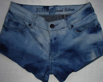 Lucky13vintage/Get The Look / Celebrity Style Jeans / /Bleached Jeans Shorts/ Blue Wash Denim/ Bum Cheek Shorts