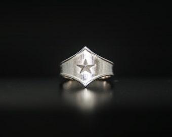 Star ring, Star shield Tng combat Ring, Star shield tiara, Comics jewellery, super hero jewellery, Star shield, Star shield jewelry