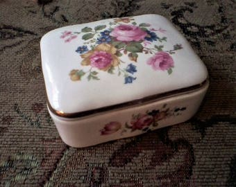 Porcelain Floral Trinket/Key/Coin/Soap or Denture Holder