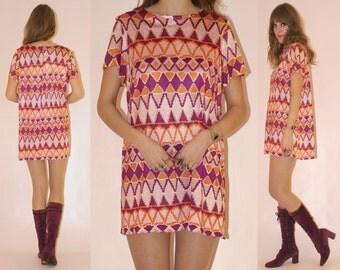Vtg 60s Silky Psych Zig Zag Mini Dress