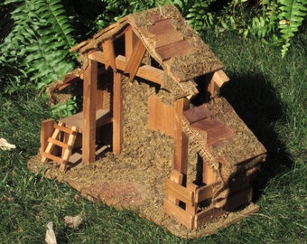Vintage Stable - Christmas Manger - Wooden Shack - Rustic - Primative - Shabby Chic - French - German Creche - Vintage Home Decor