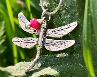 Pendant small silver Dragonfly. Small silver Dragonfly necklace. Small Dragonfly pendant. Small Dragonfly necklace.